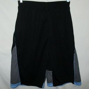 Conversion Performance Mens Shorts Size L New NWOT